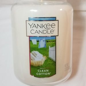 Yankee Candle Large CLEAN COTTON 22 oz White